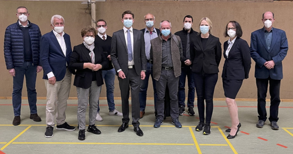 Die neue CDU-Fraktion vlnr: M. Lietsch, W. Frotscher, B. Raff, J. Leichtweiß, Max Panhans, Ch. Massoth, D.Lang, J.Opper, J.Sydow, Dr.C.Lietz, J.Neipp